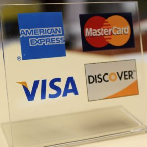 Should you Pay Annual Fee on a Credit Card?